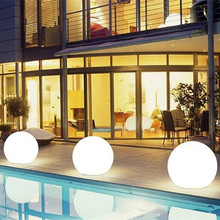 Hot selling home balls solar decorative waterproof led christmas light with low price
