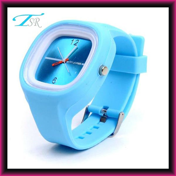 2017 TSR hot fashion sweet promotional silicone custom jelly watch