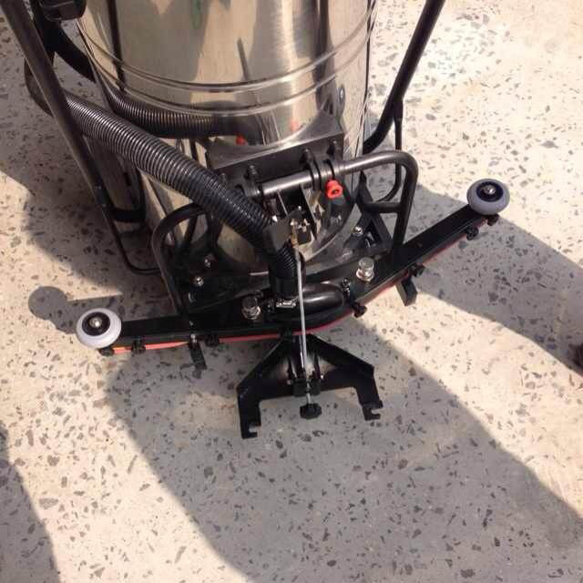 V1 china wet and dry concrete industrial concrete vacuums for Vacuum cleaner for concrete floors