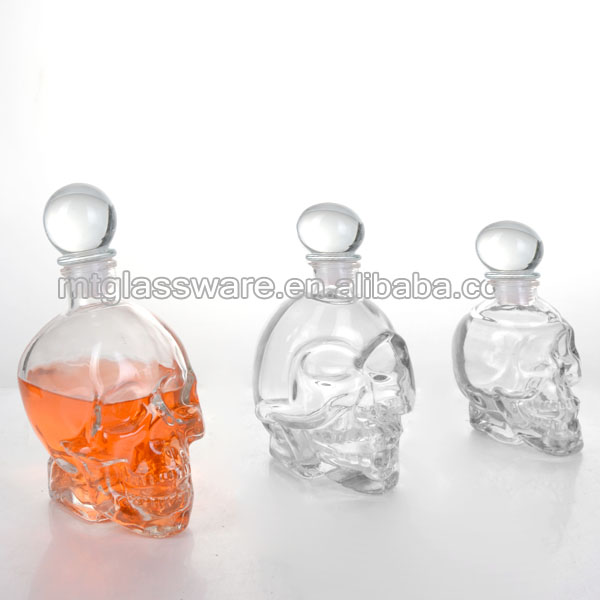 1000ml Cool Novelty Special Glass Skull Beer Water Bottle Wine Decanter