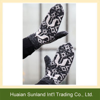 W-640 women men warm winter patterned knitted mittens for unisex knit gloves