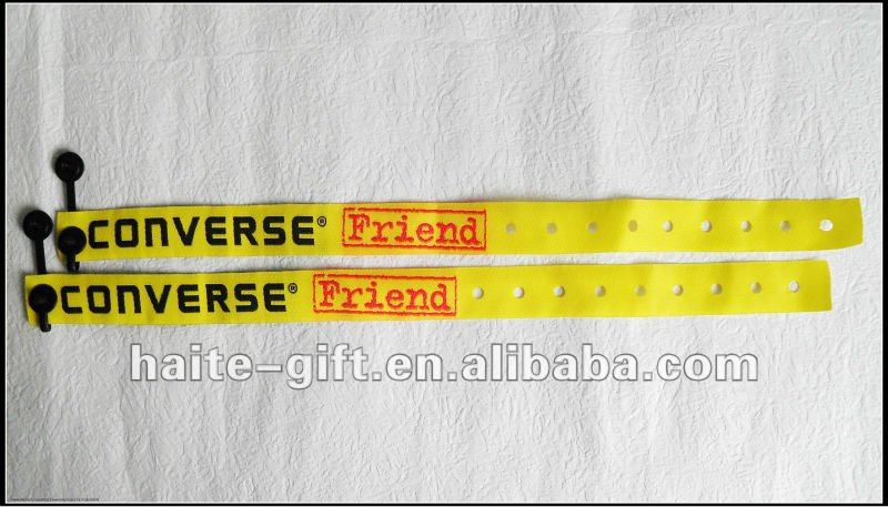 festival woven wristband with loop locks