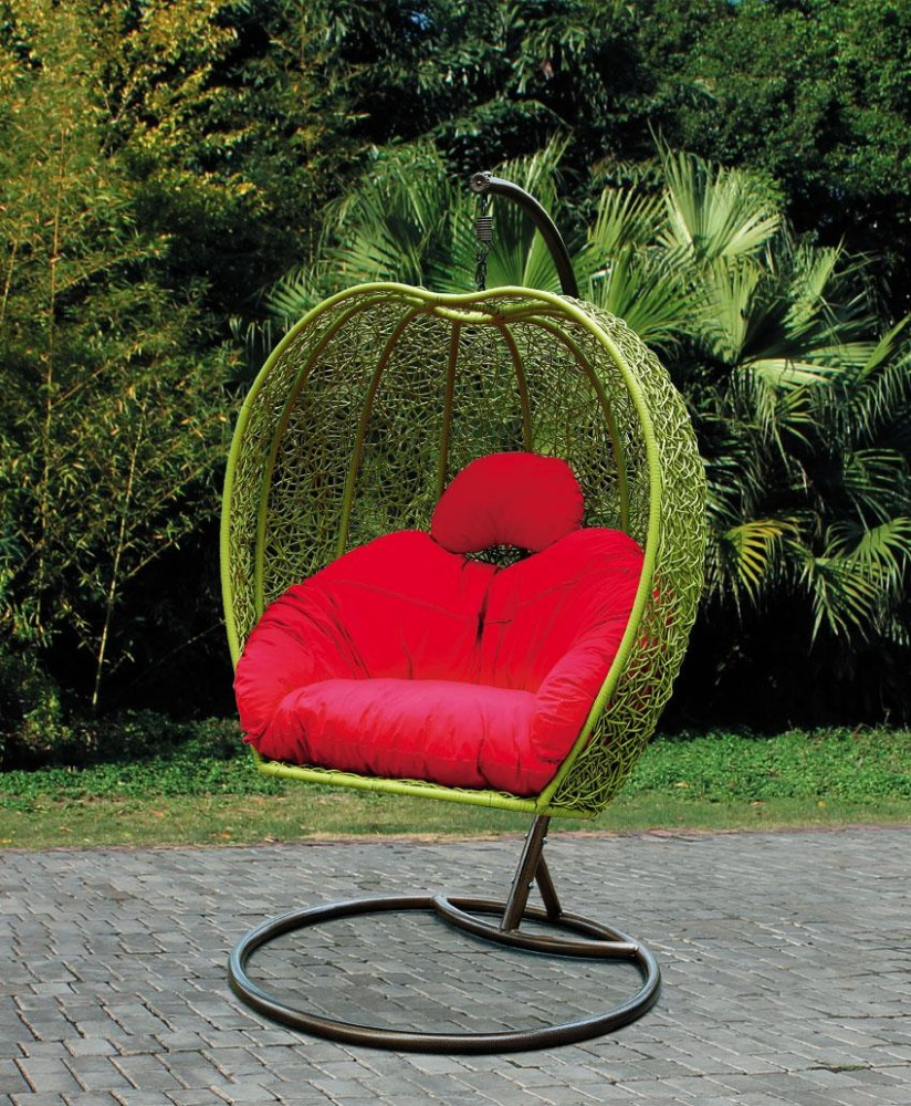 Rattan egg chair