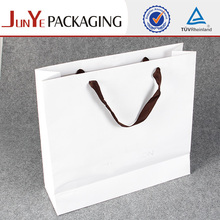 Fashion UV coating happy birthday gift white paper packing bag
