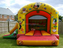 sale cheap pvc space inflatable castle, jumping Looney Tunes Castle and Slide