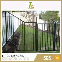 Competitive Price Good Weatherability Galvanized Flat Panel Fence Gates