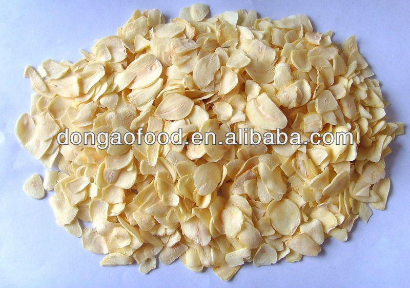 sell dehydrated garlic flakes