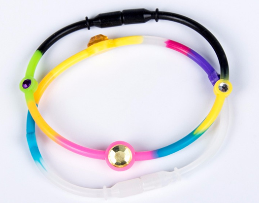 Factory prices custom color adjustable silicone designer bracelet wristband