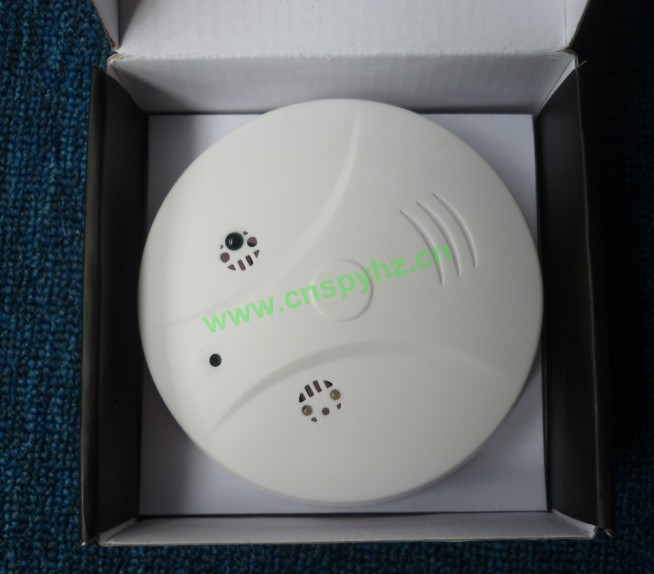 Wireless Remote Control camera Smoke Detector Style Camera Motion detection 2.0M Camera 30FPS Video Resolution
