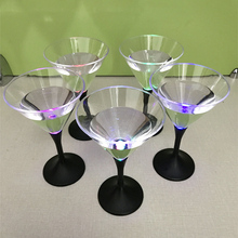 Party Favor Light up Color Changing Led Cup Plastic Led Cocktail Glass Led Martini Glass