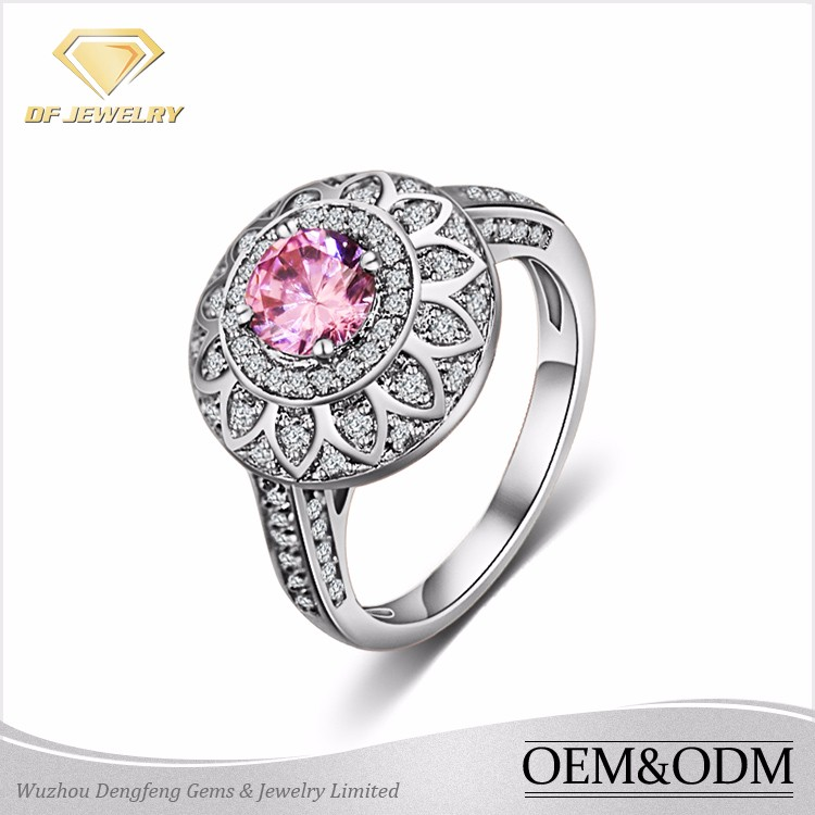 2017 Fashion 925 Sterling Silver 18K Platinum Plated Pink AAAAA Cubic Zirconia Round Halo Silver Engagement Ring