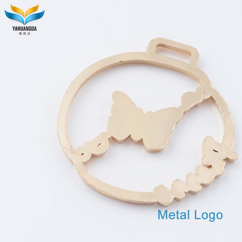 high end custom engraved embossed zinc alloy metal brand label logo hang tags