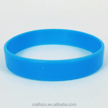 luminous eco-friendly fashionable silicone band wrist glow in dark