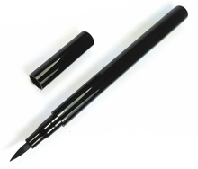 liquid eyeliner Makeup cosmetic packaging in black color