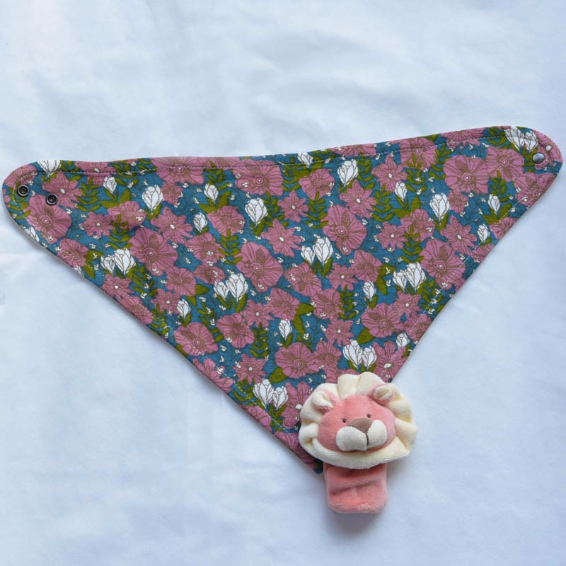 Wholesale Customized Design 3-layer Kerchief Bibs