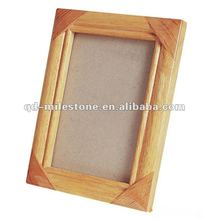 Good quality and craftmanship pine wood photo frame design