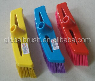 HQ0006 Taizhou factory wholesale with long metal stick color hard brush