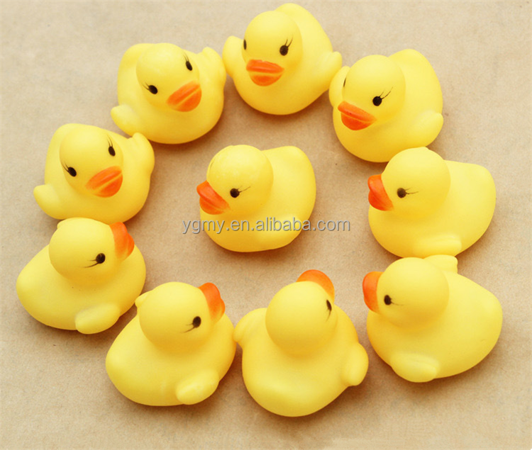 4*4*3.1cm Mini Yellow Rubber duck PVC Bath toy Sound Floating Ducks