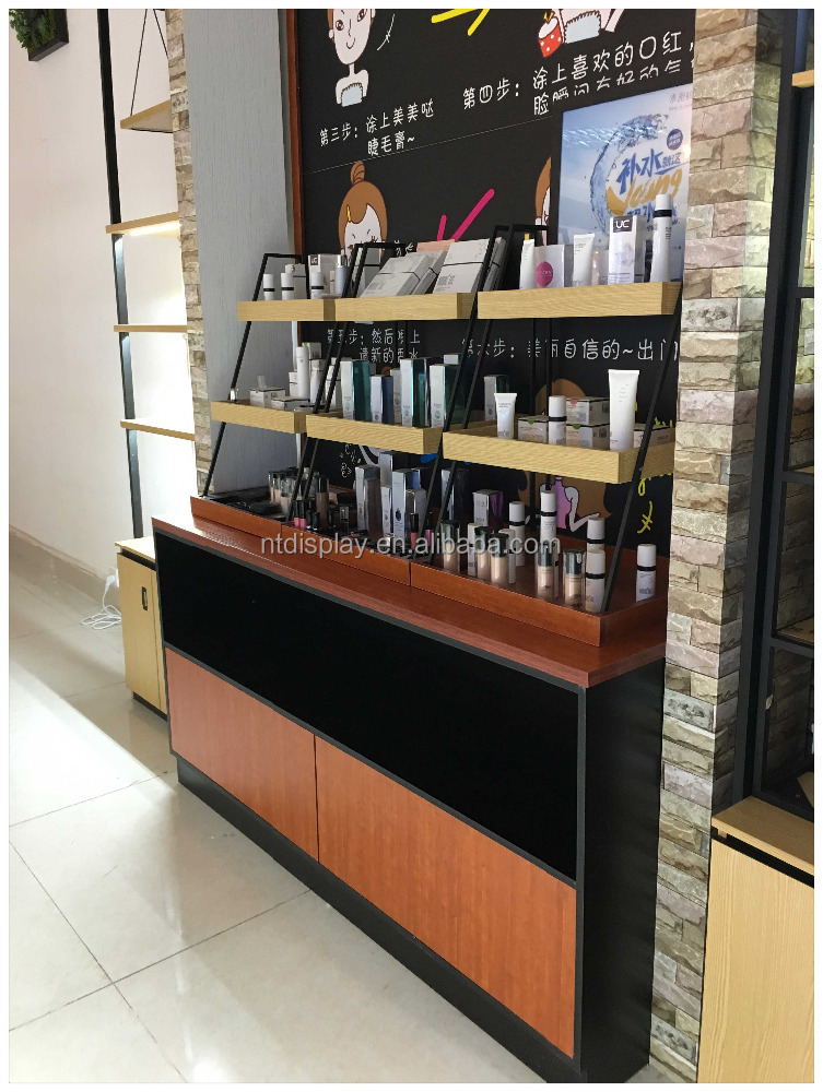 Good Price cosmetic decoration equipment /wooden makeup shop fitting display