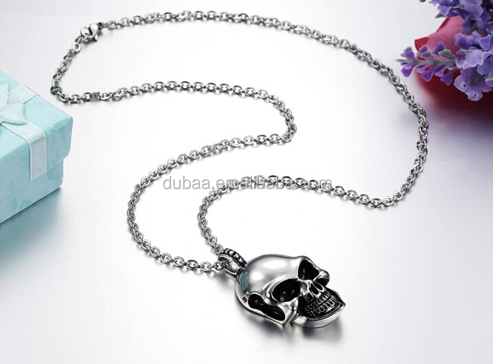 Solid Stainless Steel Men's Charm Vintage Silver Skull Pendant Chain Necklace,www.DubaaFashion.com