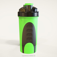 Fluorescent green 600ml smart BPA free shaker bottle metal ball for Gym