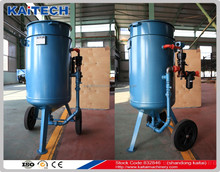 Hot sale portable sand blasting pot price / small sand blaster