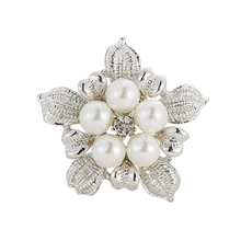 Fancy rhinestone silver gold flower brooch saree pin with Pearl
