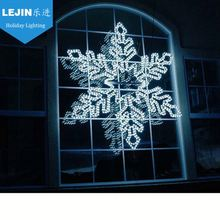 Customized snowflake light effect for outdoor decoration
