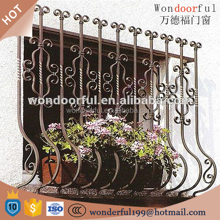 2016 new simple wrought iron window grill design