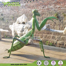 Garden Decorative Life Like Insect Model Animatronic Mantis