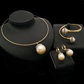 2018 Dubai Simple Fashion Collar Necklace Jewelry Set Gold Plated Imitation Pearl Jewelry Sets