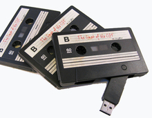 Bulk Cheap Plastic Cassette Tape USB Flash Drive 4gb with Custom Logo