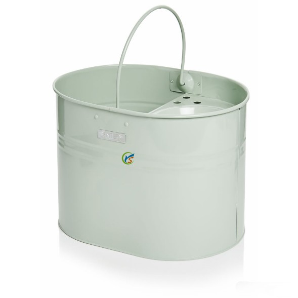 13 litre capacity metal mop bucket with wringer and handle