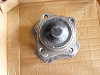 TOYOTA COROLLA 2009 MODEL WHEEL HUB