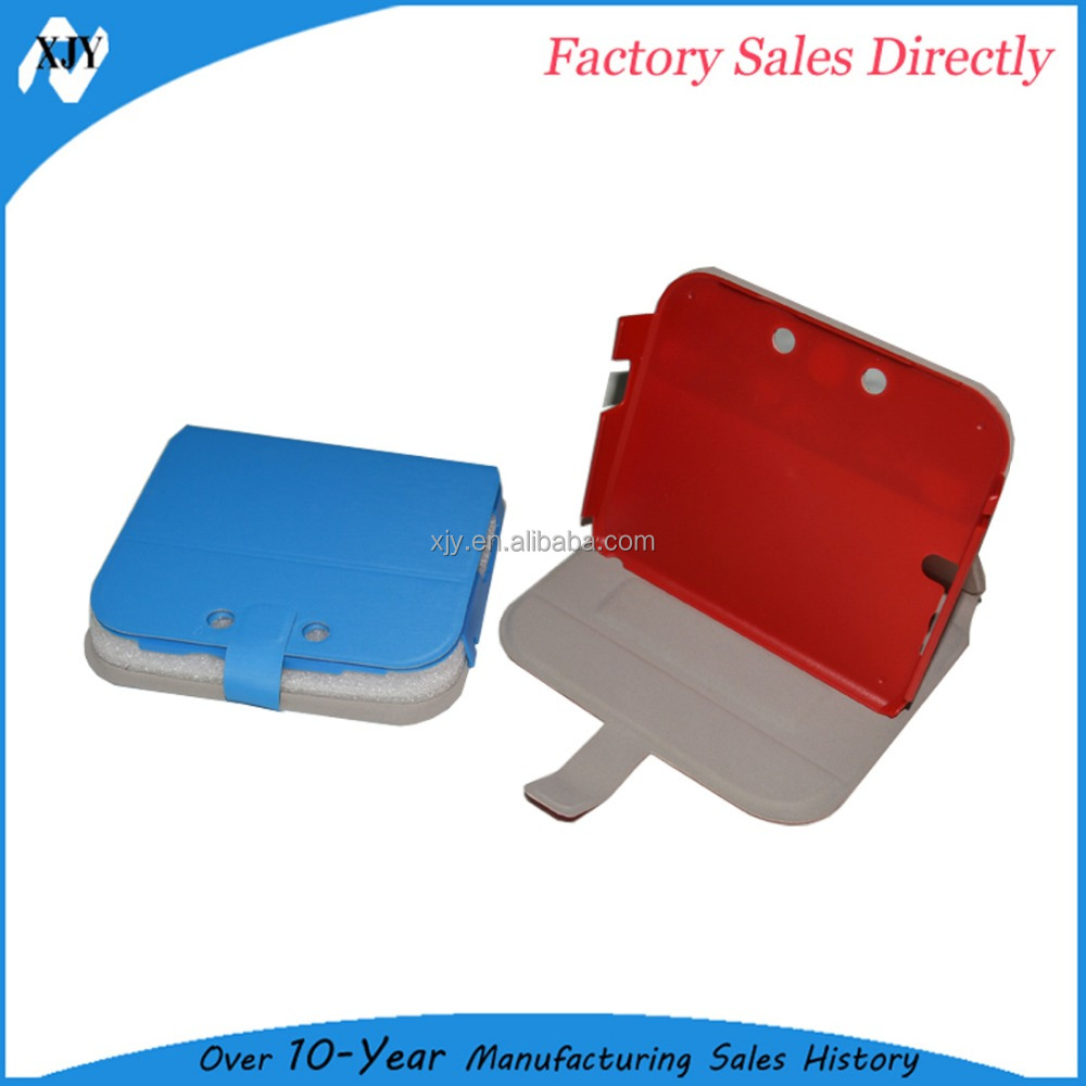 Red plastic case for 2 ds