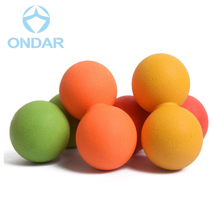 2018 6,5x6,5x12,5 cm TPR Erdnuss Massage Roller Ball