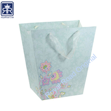 17110601 luxury paper shopping using Bucket shape gift bag with satin ribbon handle