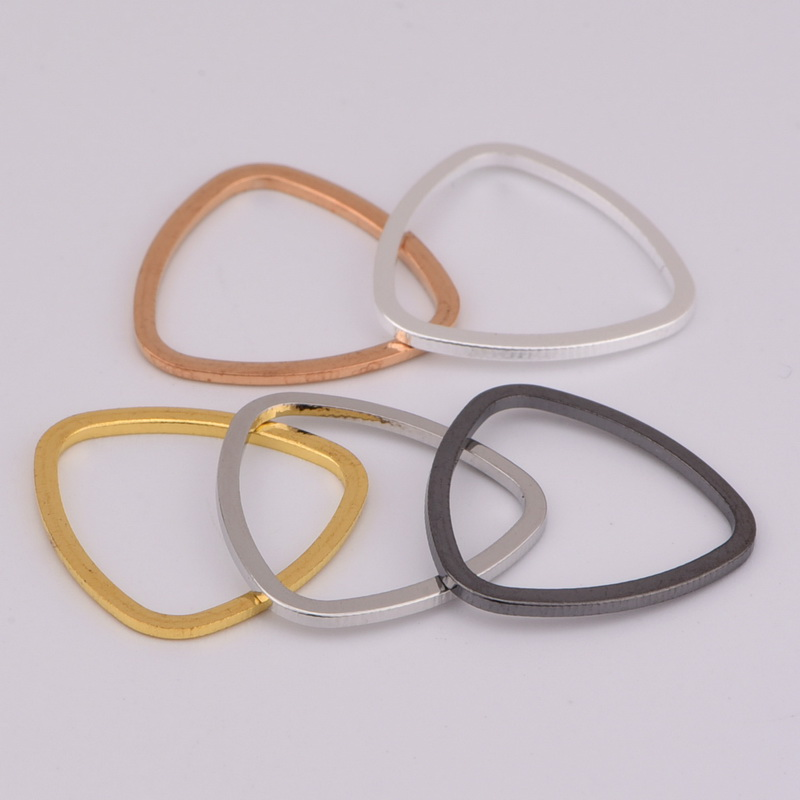 Wholesale Fashion Bended Triangle Ring Pendants For necklace DIY Jewelry making