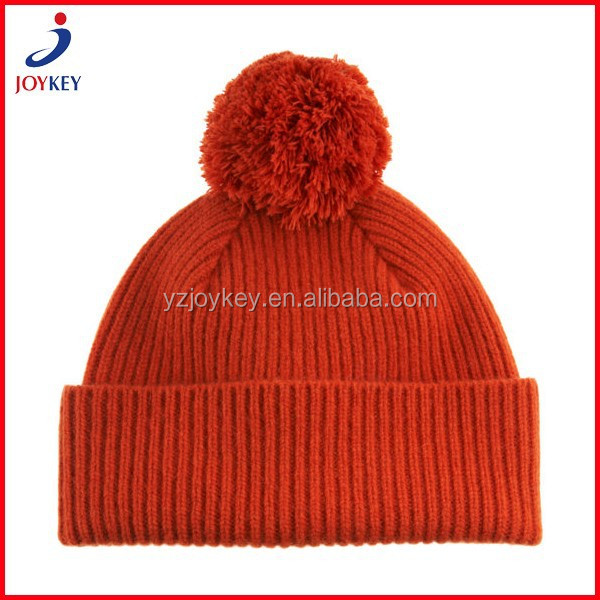 fashion plain pattern winter knitted hat with top ball