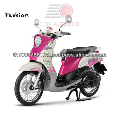Fino Fashion Design White and Pink Motor Scooter Vespa