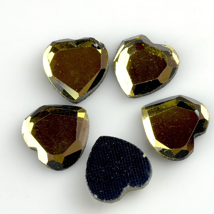 heart shape hot fix stones.jpg