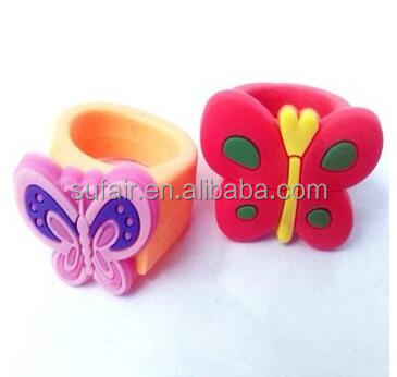 hot sale animal monster educational toy silicone rubber finger ring for kids