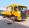 4x2 euro4 diesel 180hp JAC crane truck mounted telescopic straight arm 6.3 ton crane