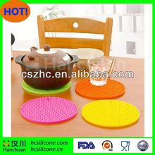 Non Slip Dishwasher Safe Silicone Table Mat