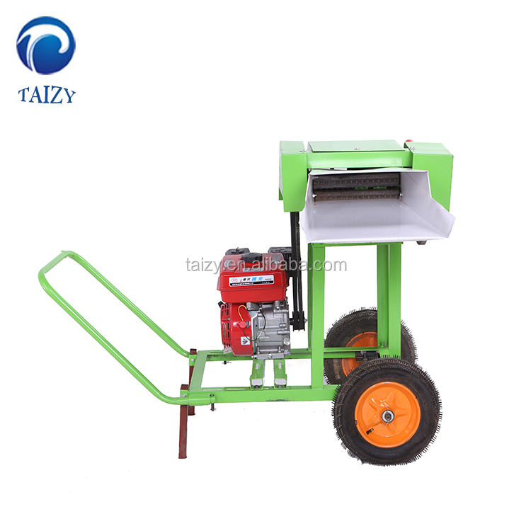 Small light weight grass and straw cutter in feed processing machines