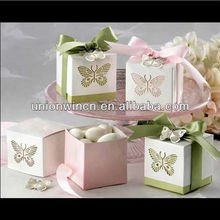 Delicate butterly chocolate wedding favor box