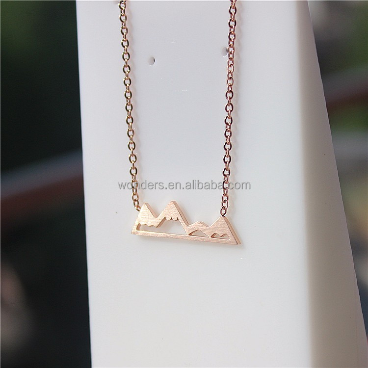 Wholesale Everyday Wear Mountain pendant Chain Necklace Gold Plated Elegant Bridesmaid Gift <strong>Jewelry</strong>
