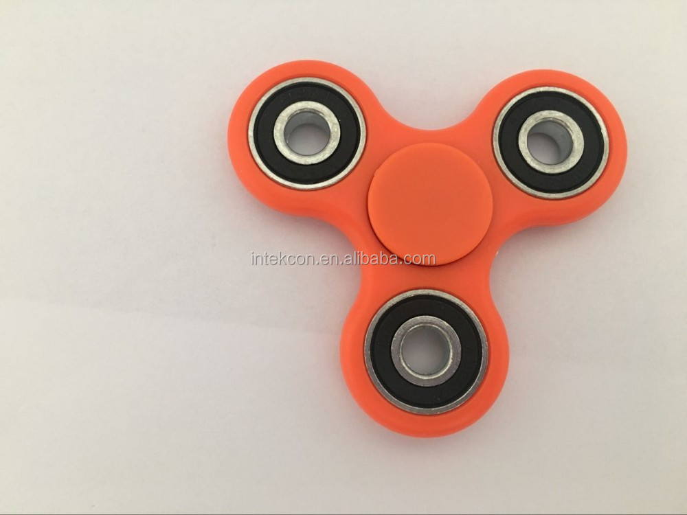 Best selling products 2018 baby toy ABS Tri fidget spinner toy glow in the dark with customized logo cap
