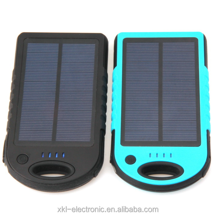 Solor Phone Charger Battery Solar Powerbank Multi-functuion Outdoor Camping Solar Flashlight