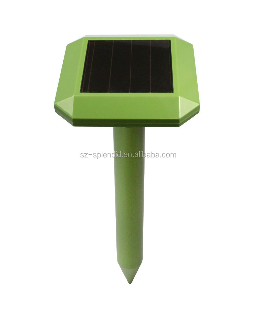 2016 Solar Powered Ultrasonic Groundhog Repeller GH-316D